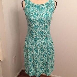Cynthia Rowley crocheted size 6 dress